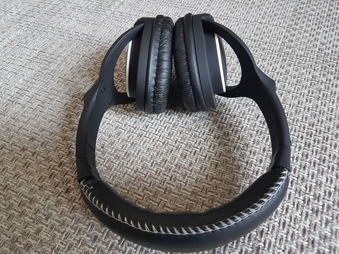 Makro Gold Racer Headphones